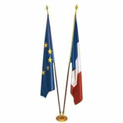 Lot de 2 drapeaux de prestiges