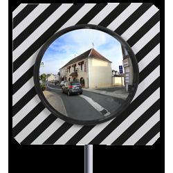 Miroir routier conforme 600 mm et son poteau